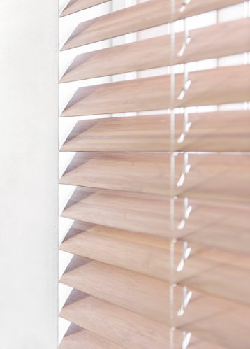 bece® horizontale jaloezie hout kleurnr. 16313 bamboe detail